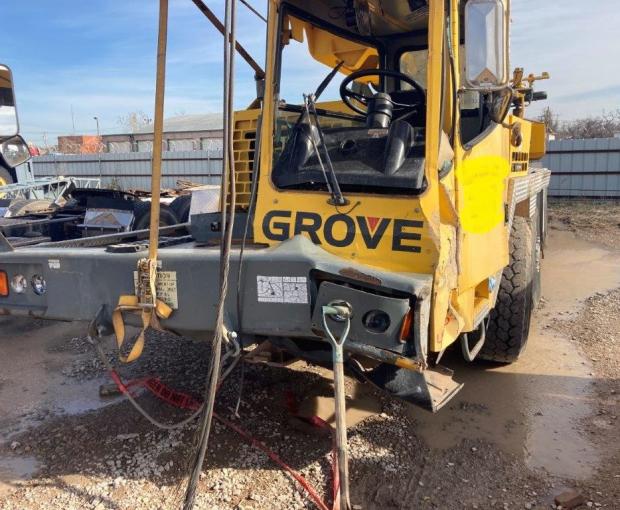 2004 Grove TMS9 Crane 10