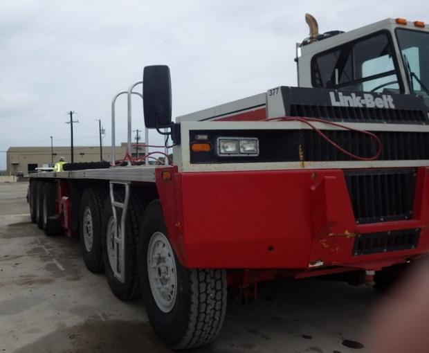 2008 Link-Belt HC-278H II Conventional Truck Crane 2