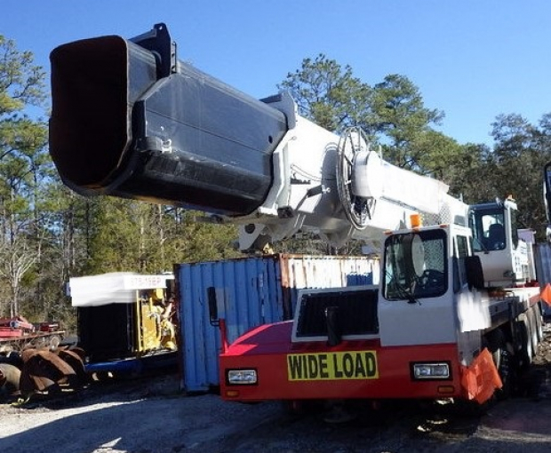 2011 Link-Belt HTC-3140 Hydraulic Truck Crane