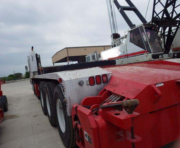 2008 Link-Belt HC-278H II Conventional Truck Crane 4