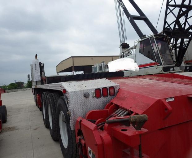 2008 Link-Belt HC-278H II Conventional Truck Crane 3